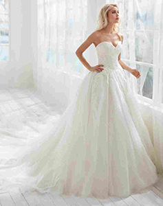 randy-fenoli-bridal-wear-lancashire